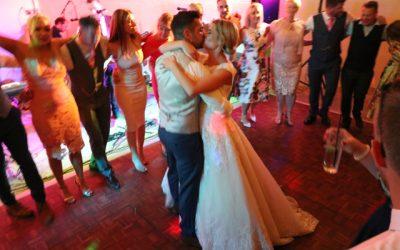 Why Choose a Wedding Band?