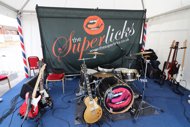 The Superlicks @ York Races – Press Family Sunday