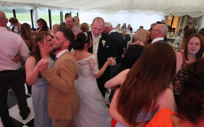 The Superlicks @ Gareth & Rachelle's Wedding