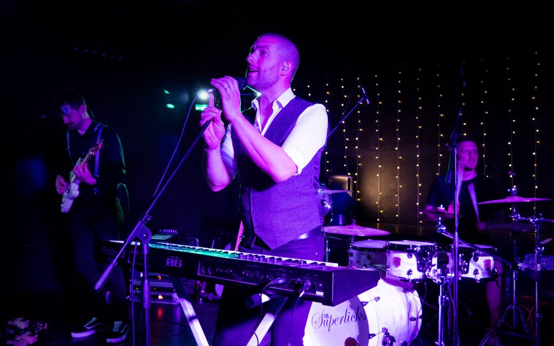 The Superlicks – Down at The Crown